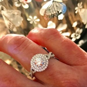 💍 Sterling Silver Halo Ring, Swarovski, Sizes 6 7